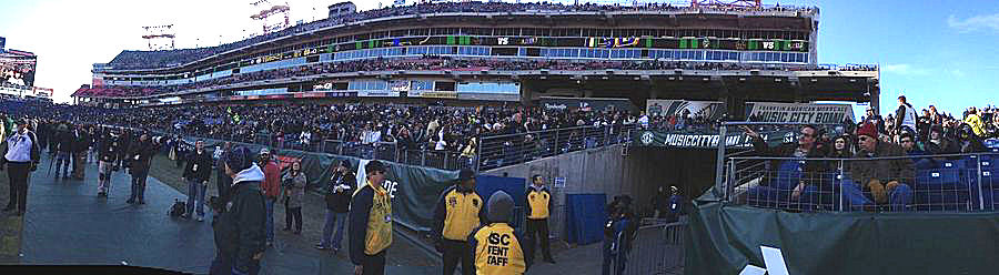 2014 Franklin Mortgage Music City Bowl, before Notre Dame comes onto the field...